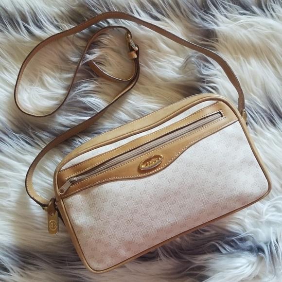 b4830b409002 Gucci Bags | Vintage Mod Light Beige Tan Cross Body Bag | Poshmark
